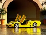saleen-s7-yellow-thumb-wallpaper[1].jpg
